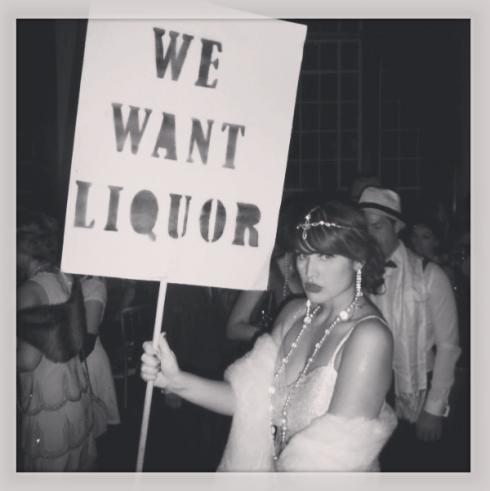 Roxy Vintage Style Prohibition Liquor
